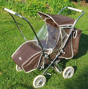 Barnes prams & strollers
