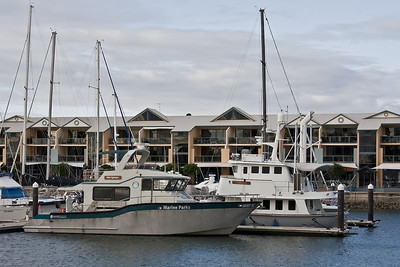 Marine Parks boat at Raby Bay Marina at Cleveland