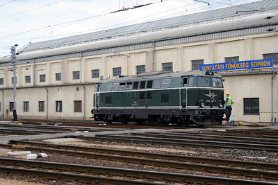 2) 2143 040 at Sopron on 10th August 2006