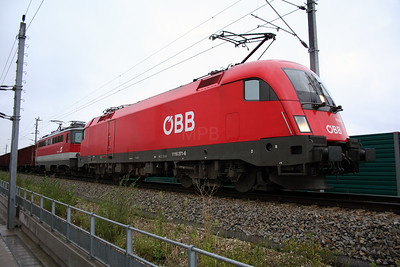 1116 271 at Linz Ebelsberg on 6th August 2006