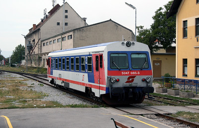 5047 086 at Eisenstadt on 9th August 2007
