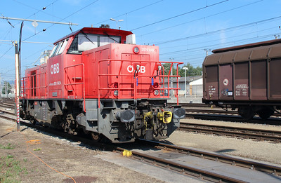 2070 042 (92 81 2070 042-4 A-OBB) at Puchlarn on 6th August 2015 (4)