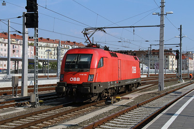 1116 175 (91 81 1116 175-1 A-OBB) at Graz Hbf on 11th August 2015