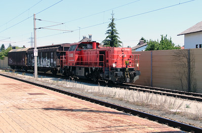 2070 009 (92 81 2070 009-3 A-OBB) at Marchtrenk on 6th August 2015 (2)