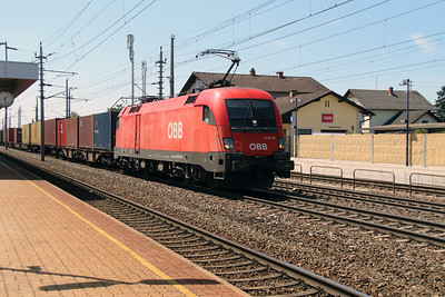 1116 172 (91 81 1116 172-8 A-OBB) at Marchtrenk on 6th August 2015 (2)