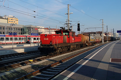 1063 014 at Graz Hbf on 11th August 2015 (2)