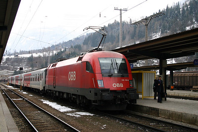 1116 109 at Schwarzach St Veit 27th March 2004
