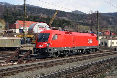 1116 169 at Leoben Hbf 28th March 2004
