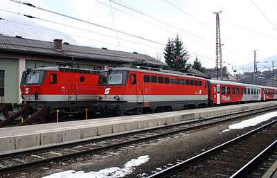 1142 651 at Schwarzach St Veit 27th March 2004