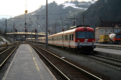 4010 027 at Schwarzach St Veit 27th March 2004