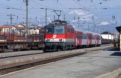 1142 612 at Zeltweg 29th March 2004