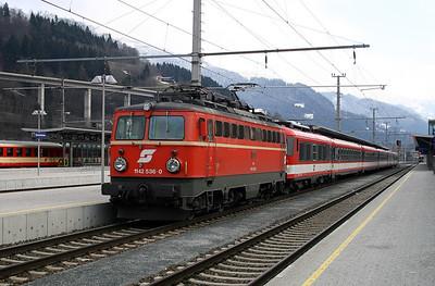 1142 536 at Bischofshofen 27th March 2004