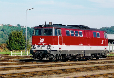 2143 044 at Fehring on 2nd October 2003