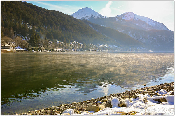 Morning walk along the Achensee (Lake Achen) in the winter