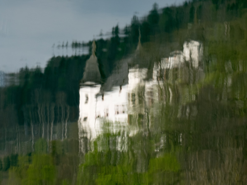 reflections of Schloss Tratzberg