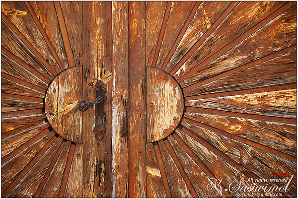 Another grunge door {Burgenland - Austria}