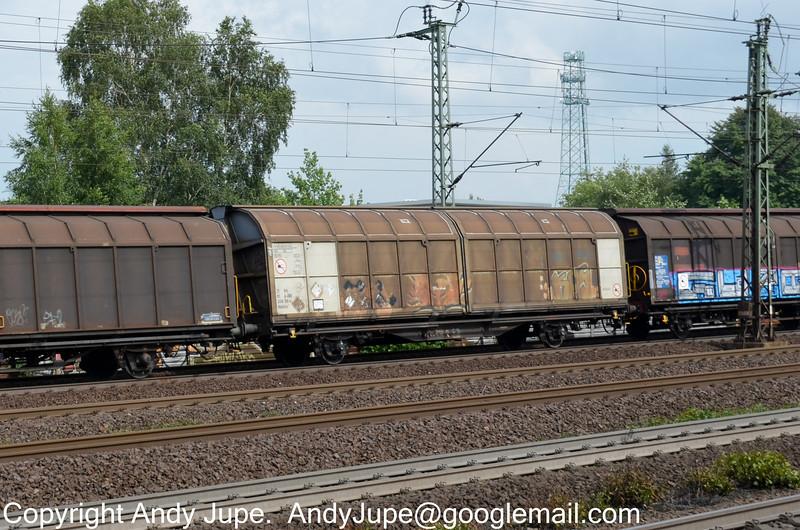 21812458199-0_a_Hbbillns_HamburgHarburg_Germany_18072012