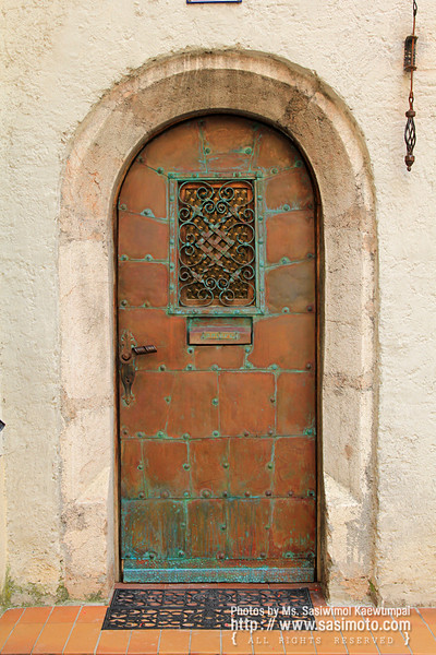 Beautiful door in Rattenberg