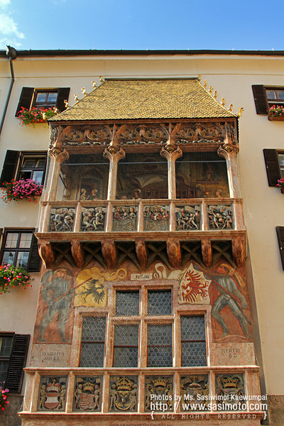 Goldenes Dachl (Golden Roof), built in 1500 for Emperor Maximilian I.