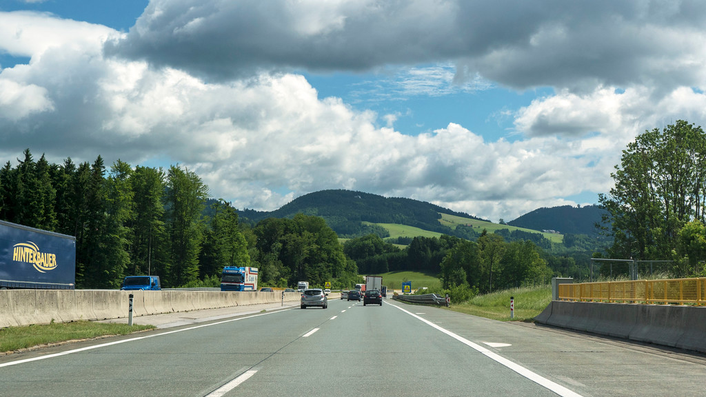 Driving from Salzburg to Mondsee, Austria on A1