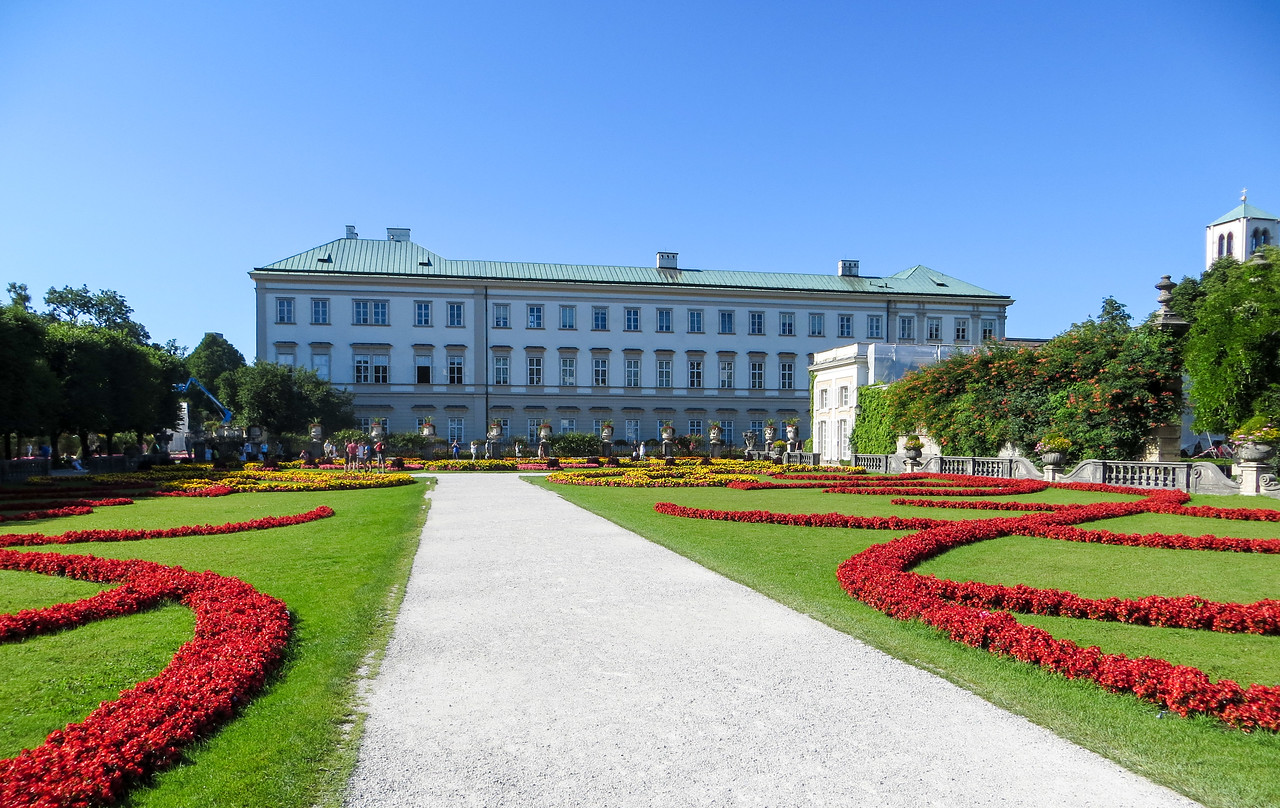 enjoy flowers with 48 hours in salzburg