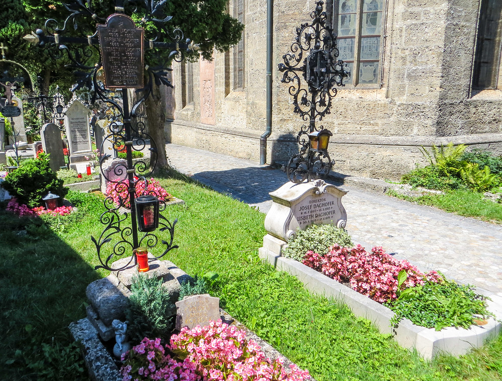 stop at the graves with 2 days in salzburg