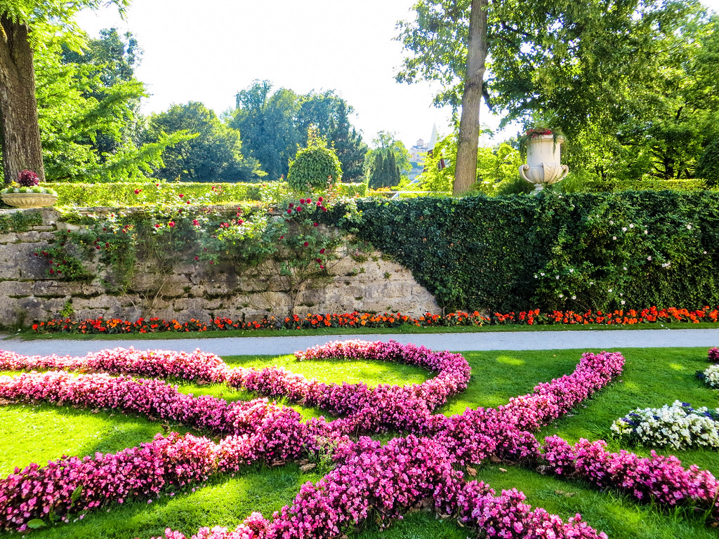 salzburg itinerary 2 days = lots and lots of gorgeous gardens