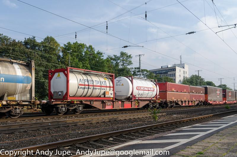 31814575297-4_a_Sgnss-y_ntn00370_Köln_West_Germany_04092014