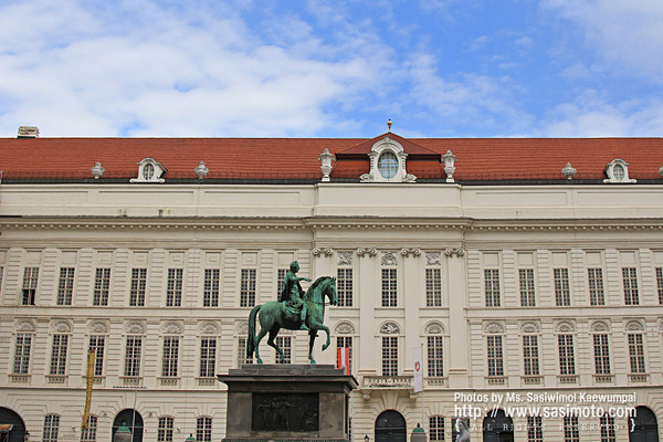 Bronze Statue of Emperor Joseph II, Holy Roman Emperor in Joseph Square in the Hofburg. Created by Franz Anton Zauner