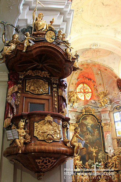 A beautiful Church, inside Durnstein Abbey (Stift Durnstein)