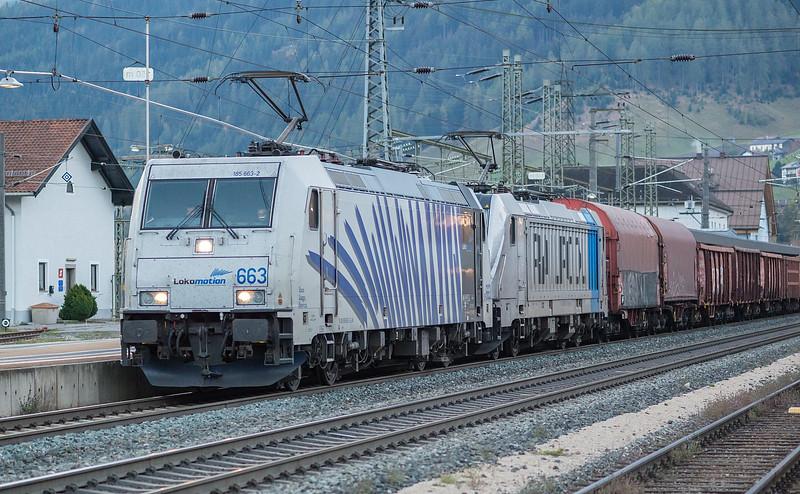 Lokomation 185-663 + Railpool 187-300 Matrei 22 October 2018