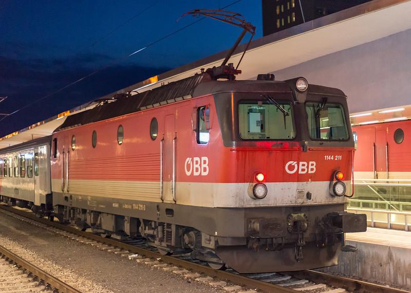 OBB 1144-211 Linz  21 March 2018