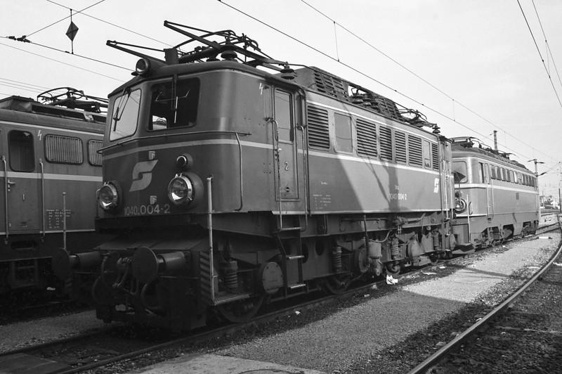 OBB 1040.004 at Wien FJB on 20 May 1989