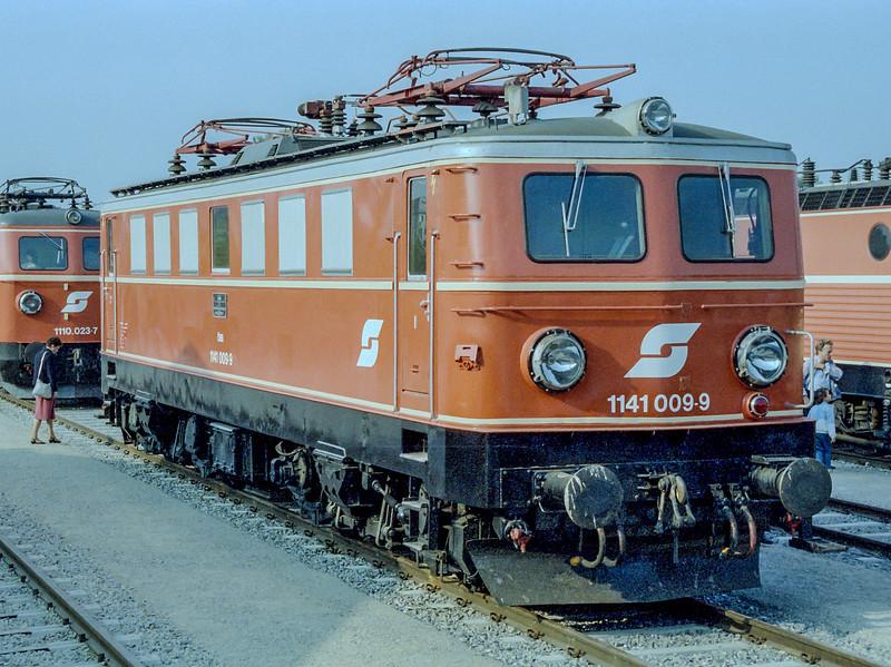 OBB 1141-009  'Austria 150' Wien Nord