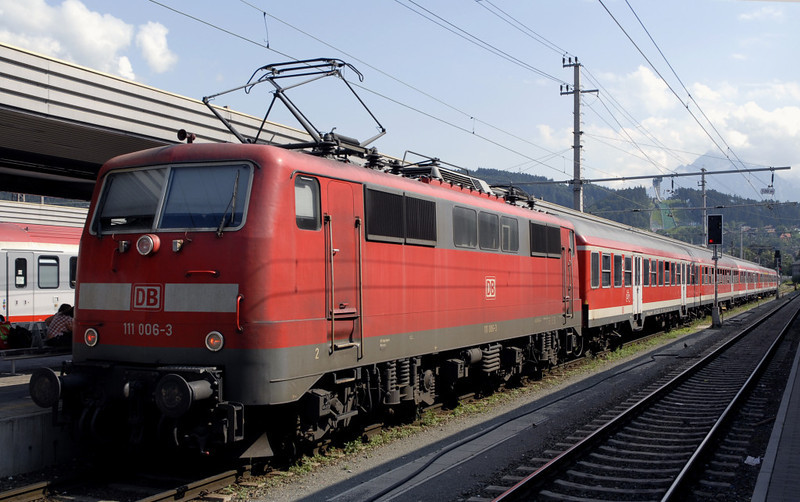 DB 111 006, Innsbruck, 24 June 2006 - 1634