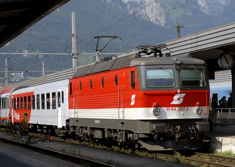 OBB 1144 247, Innsbruck, 24 June 2006 - 1657