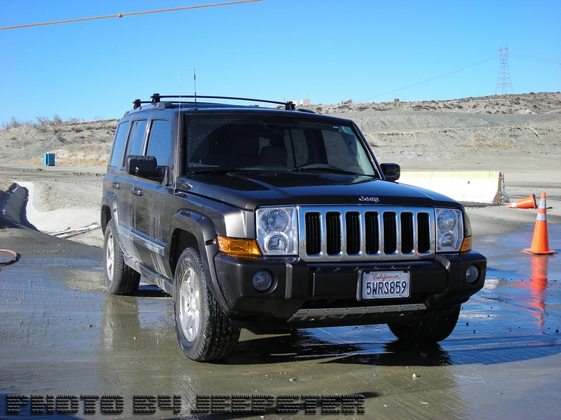 """(Jeep #6) Meet """"Tha PIMP""""... 2006 Jeep Commander Limited. Fully stock with leather seats, full time 4x4, quadra drive II, dual climate control, butt warmers, GPS navigation, Sirius Satilite radio, Premium Sound Package HEMI V8 Powerplant.<br /> <br /> 1 Fender Bender, 1 hit & run w/chase.. 2 wins 0 losses"""