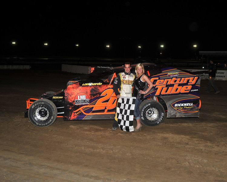 This Mike Barone Victory Lane photo appeared in the April 22 edition of AARN., accompanying a feature article about Mike.