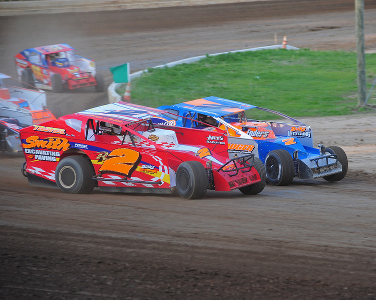 This photo from the May 3rd. race appeared in the 5/6 Area Auto Racing News.