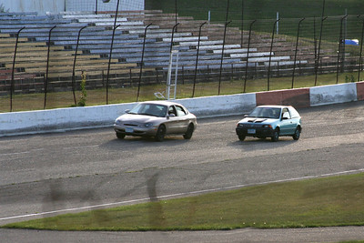 8_9_2008 Mills wins spectator race