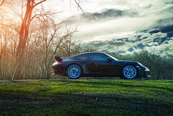 ADV.1   Vive  Porsche GT3