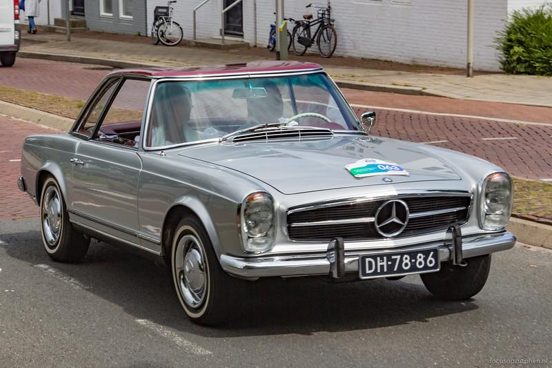 Mercedes-Benz 230 SL, 1965