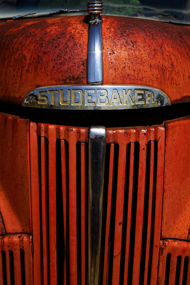 Can you say beautiful Studebaker Truck?