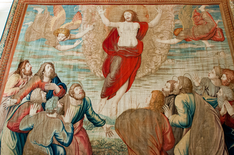 """""""I believe I can fly."""" Impressive tapestry."""