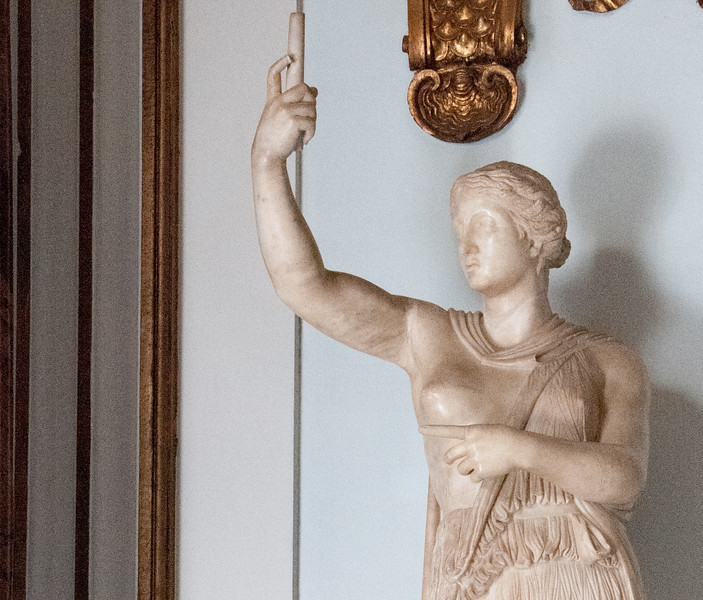 """""""But first, let me take a selfie!"""" said the Amazon woman."""
