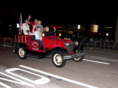 53rd Annual Gaslight Parade in Ormond Beach, FL on Nov. 26, 2010