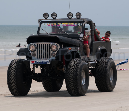 Jeep Beach Parade on Daytona Beach, FL on Apr. 26th, 2015