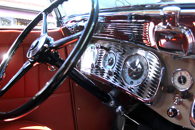 1935 Auburn 851SC Phaeton owned by John Shibles.    © 2011 Joanne Milne Sosangelis. All rights reserved.