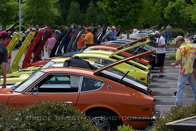 Looking down the line of first generation Z cars.