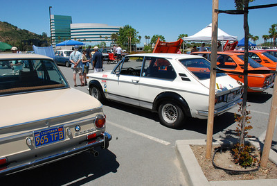 BMW 2000 Touring, 3 of them, plain, tii right hand drive, and Alpina tii